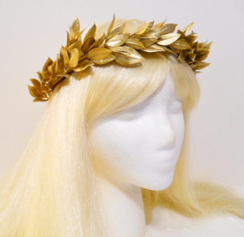 Finished off with a gold laurel wreath